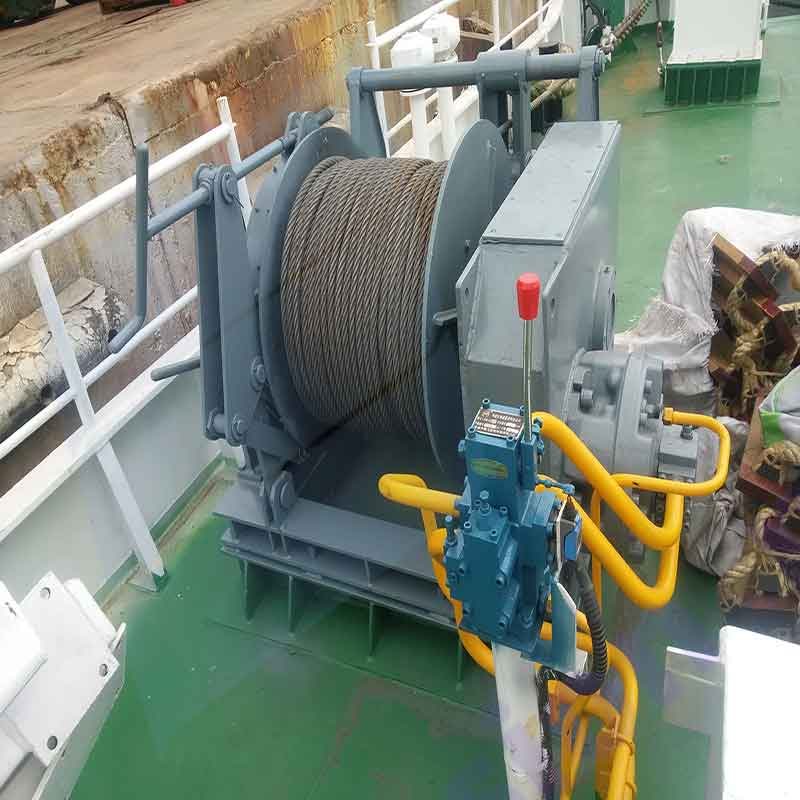 drum anchor winch in dock