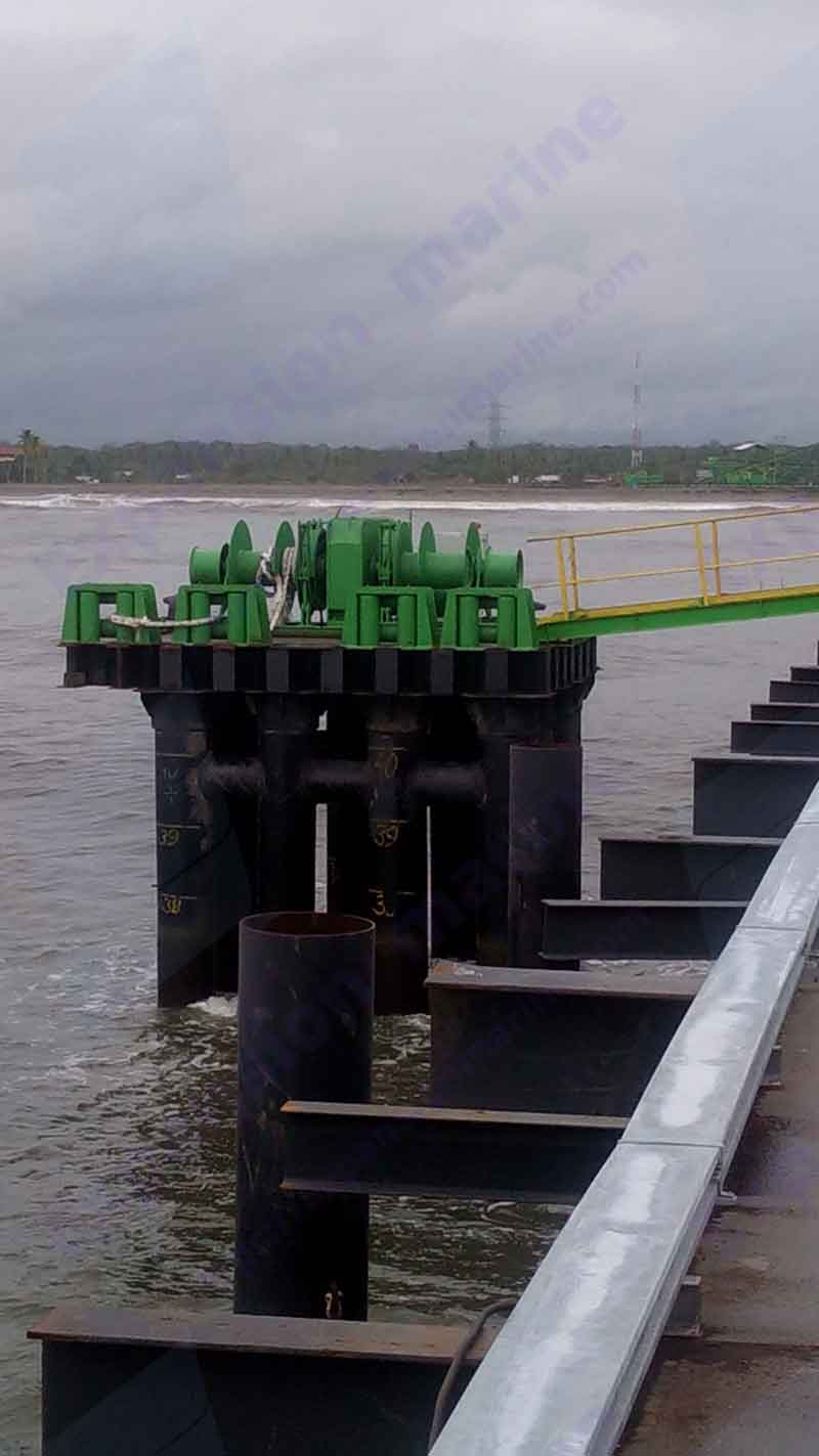 fig-4-30t-split-anchor-winch-on-dock